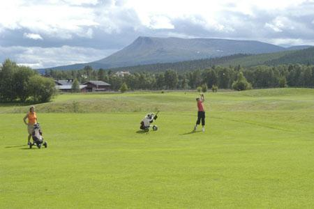 golf-golfen-schweden-201104020154124-201202021018524.jpg